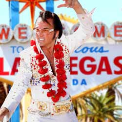 Elvis Impersonator Poses in Las Vegas