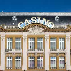 Casinos Employ Many to Assist with Smooth Operations for Keno